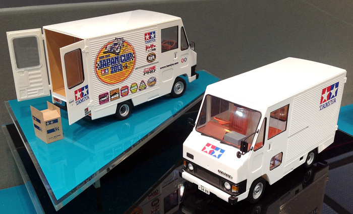 Tamiya 1:24 Toyota Hiace Quick Delivery 'Tamiya Version'